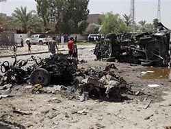 В Багдаде взорвались 3 автомобиля, погибли 9 человек