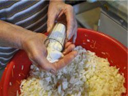 Новость на Newsland: Минздрав: ограничить содержание соли в продуктах питания