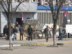 Новость на Newsland: В захваченном СБУ Луганска осталось меньше 100 человек