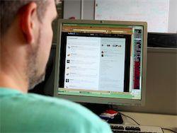 Новость на Newsland: Госдума частично приравняла блогеров к СМИ