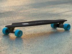 Разработан новый электроскейтборд весом всего 9,9 кг