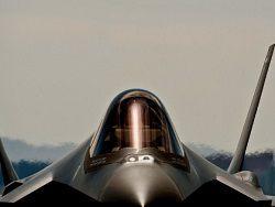 """Южнокорейские летчики займутся """"преследованием"""" F-35"""