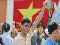 Новость на Newsland: КНР требует от Вьетнама компенсаций за антикитайские погромы