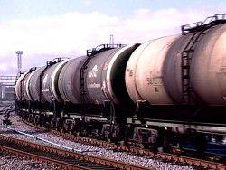 Новость на Newsland: Цистерна со сжиженным газом сошла с рельсов на Украине