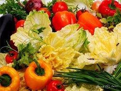 Новость на Newsland: Латышские крестьяне начали уничтожать овощи