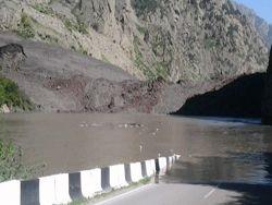 Новость на Newsland: Дарьяльское ущелье: зона повышенной опасности
