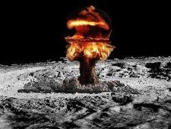 В США рассекретили планы взорвать на Луне атомную бомбу