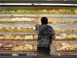 Новость на Newsland: Ритейлеры: ассортимент продуктов сократился из-за санкций