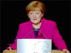 Новость на Newsland: Меркель предостерегла РФ от вмешательства в политику других стран