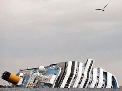 Новость на Newsland: Экс-капитан лайнера Costa Concordia выиграл тяжбу