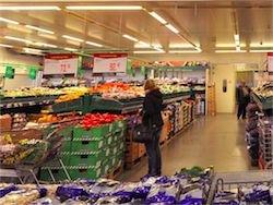 Новость на Newsland: В ближайший год РФ не сможет преодолеть дефицит продуктов