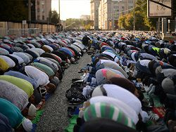 Новость на Newsland: Богослужения на улицах приравняли к митингам