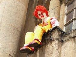 Новость на Newsland: Политическое преследование McDonald's признала половина россиян