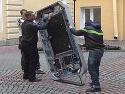 Новость на Newsland: В Санкт-Петербурге демонтирован памятник Стиву Джобсу