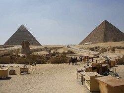 Новость на Newsland: В Египте трех немцев осудили за кражу из пирамиды Хеопса