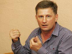 Новость на Newsland: Депутат от ЛДПР предложил повысить возраст совершеннолетия