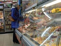 Новость на Newsland: Для компенсации новых сборов магазины и кафе увеличат цены