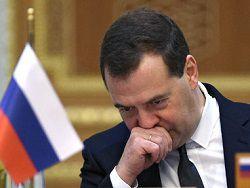 Новость на Newsland: Медведев предложил тратить маткапитал на покупку автомобиля