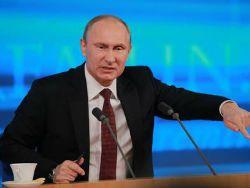 Кто руководит падением рубля?