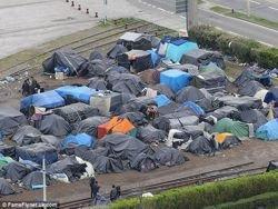 В порту Кале подрались афганские и африканские мигранты