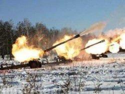 """Противостояние на Донбассе переходит в """"горячую"""" фазу"""