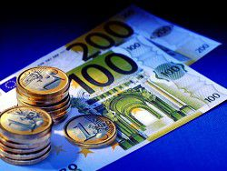 Новость на Newsland: Курс евро превысил 76 рублей