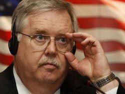 Новость на Newsland: Посол США: Кремль ударил по россиянам сильнее, чем санкции Запада