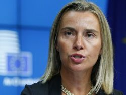 Могерини подтвердила продление санкций против России