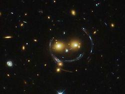 Новость на Newsland: Телескоп Хаббл заснял космическую улыбку
