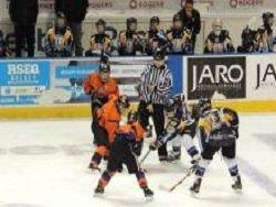 Юные хоккеисты из России разозлили канадцев