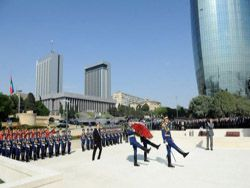 В Азербайджане ждут, что Баку будет присвоено звание города-героя