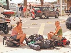 Туроператоры обвинили депутатов в слежке за туристами
