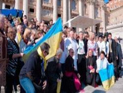 Папа Римский молится за мир в Украине