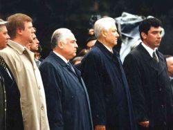 Новость на Newsland: Не приживутся на нашей земле памятники Ельцину и Гайдару