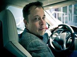 Глава Tesla предрек конец эпохи водителей