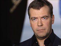 Новость на Newsland: Медведев встревожен резким ростом курса рубля