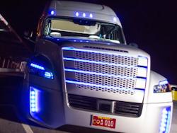 В США разрешили использовать самоуправляемые грузовики