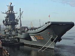 Единственный российский авианосец встал на ремонт