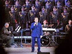 Кобзон отправится с концертами в Донбасс