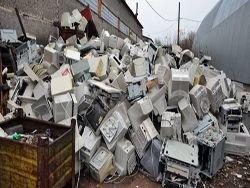 Латвию используют в как свалку токсичных отходов из ЕС