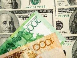 В Казахстане из-за обвала тенге закрылись обменники