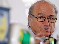 СМИ: Блаттер сделает все, чтобы Платини не стал президентом ФИФА
