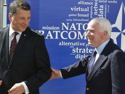 НАТО в Риге начинает борьбу с российской пропагандой