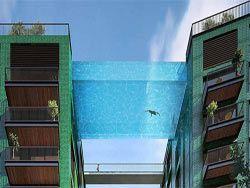 """В Лондоне построят бассейн, """"зависший"""" на высоте 35 метров"""