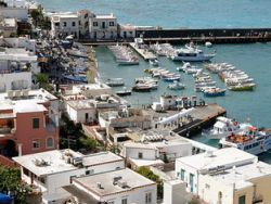 Власти Италии избавятся от портов для яхт из-за убыточности