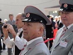 """Медведев уверен, что у Якунина """"все получится"""""""