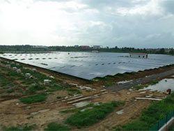 Появился первый в мире аэропорт на солнечной энергии
