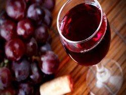 Ученые: бокал вина равносилен спортивной тренировке