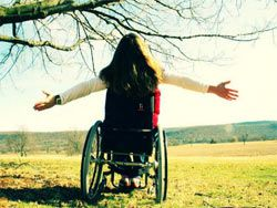 В Минске инвалид поджег себе руки в знак протеста
