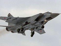 ВВС РФ получили три модернизированных перехватчика МиГ